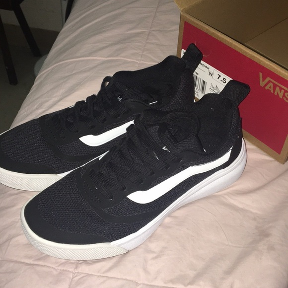 vans ultrarange womens black
